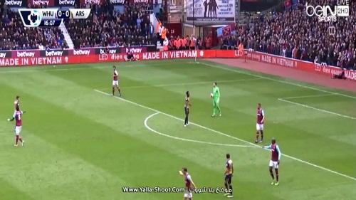 West Ham – Arsenal: Cảm giác khác biệt từ LED Điện Quang - 1