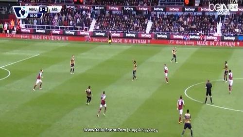 West Ham – Arsenal: Cảm giác khác biệt từ LED Điện Quang - 3
