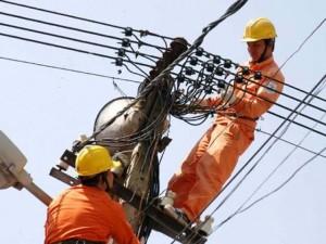 Nhiều quận, huyện ở Hà Nội bị cắt điện nhiều giờ