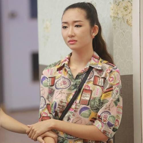 Mẫu Việt khóc ròng kể về tuổi thơ sống với dì ghẻ - 1