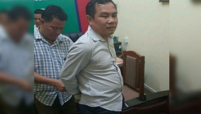 Dùng bản đồ giả về biên giới VN, nghị sĩ Campuchia bị bắt - 1
