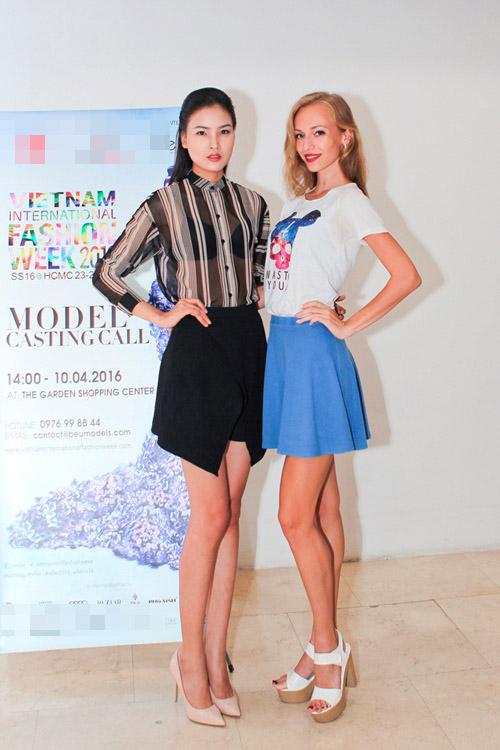 Chà Mi mặc đơn giản đi chấm casting người mẫu - 5