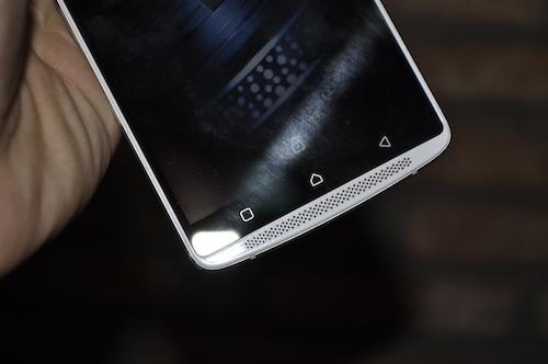 Lenovo A7010: Smartphone chuyên xem phim với loa kép - 3