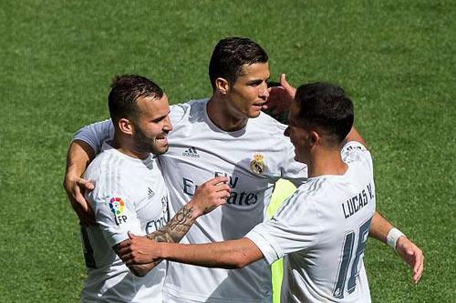 Real Madrid và Ronaldo đáng sợ ra sao ở sân nhà? - 1
