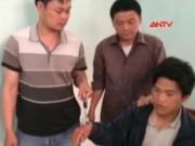 Video An ninh - Bị vây bắt, trùm ma túy điên cuồng dùng súng chống trả