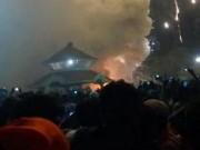 Video An ninh - Cháy đền thờ ở Ấn Độ, hơn 450 người thương vong