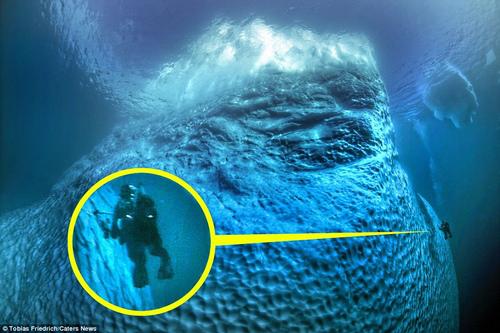 Sốc với phần chìm khổng lồ của tảng băng trôi - 2