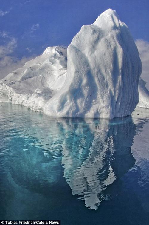 Sốc với phần chìm khổng lồ của tảng băng trôi - 7