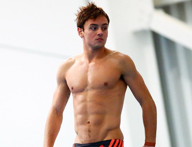 Nếu có một cuộc thi về các anh chàng hot nhất đường đua xanh, VĐV lặn người Anh, Tom Daley chắc chắn sẽ là ứng cử viên nặng ký cho danh hiệu vô địch.