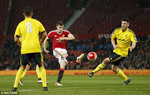 Tái xuất, Rooney chơi xông xáo ở đội U21 MU - 9