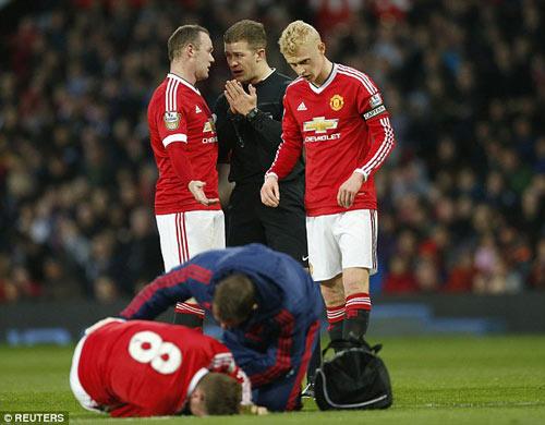 Tái xuất, Rooney chơi xông xáo ở đội U21 MU - 6