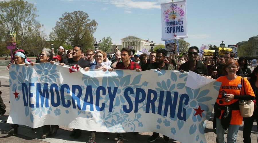 Mỹ: Bắt giữ 400 người biểu tình trước tòa nhà quốc hội - 1
