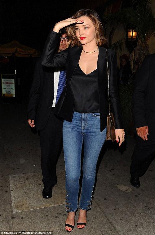 """Miranda Kerr mặc hở hơn sau khi """"xuống tóc"""" - 3"""