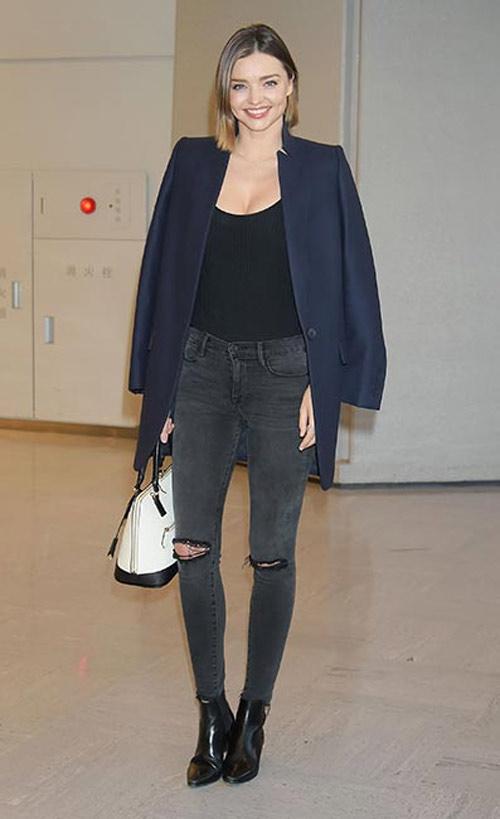 """Miranda Kerr mặc hở hơn sau khi """"xuống tóc"""" - 4"""
