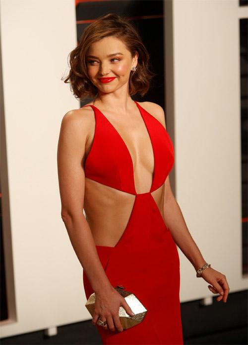 """Miranda Kerr mặc hở hơn sau khi """"xuống tóc"""" - 10"""