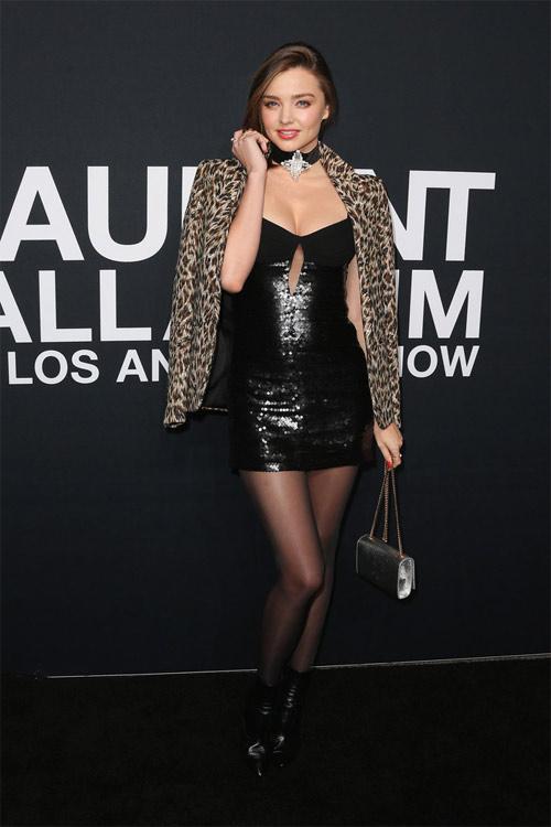 """Miranda Kerr mặc hở hơn sau khi """"xuống tóc"""" - 14"""