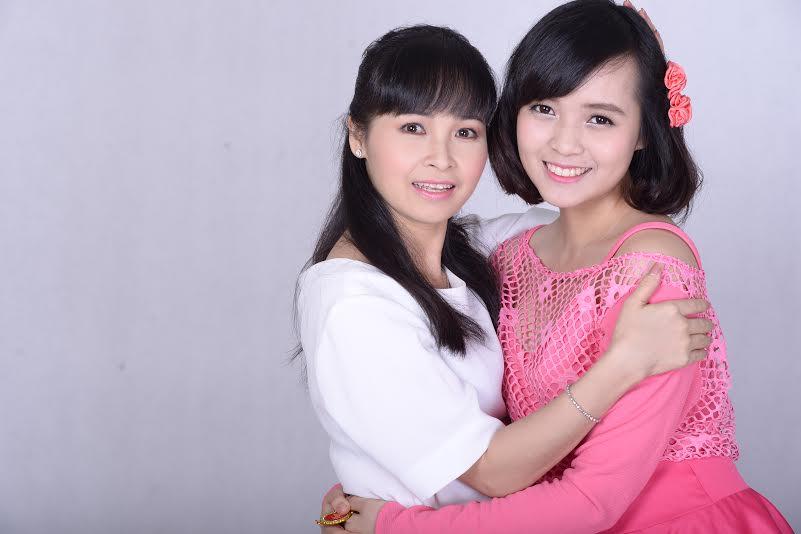 Ca sĩ Trang Nhung nuôi con mỗi tháng tốn hàng trăm triệu - 2