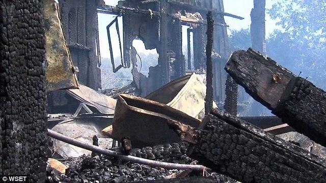 Mỹ: Cậu bé 10 tuổi cứu 40 người khỏi chết cháy - 3