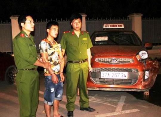 Đâm chết tài xế taxi, cướp tài sản rồi trốn vào TP HCM - 1