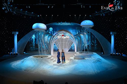 Điểm cộng và điểm trừ trong show 'The Dream of Santorini' - 4