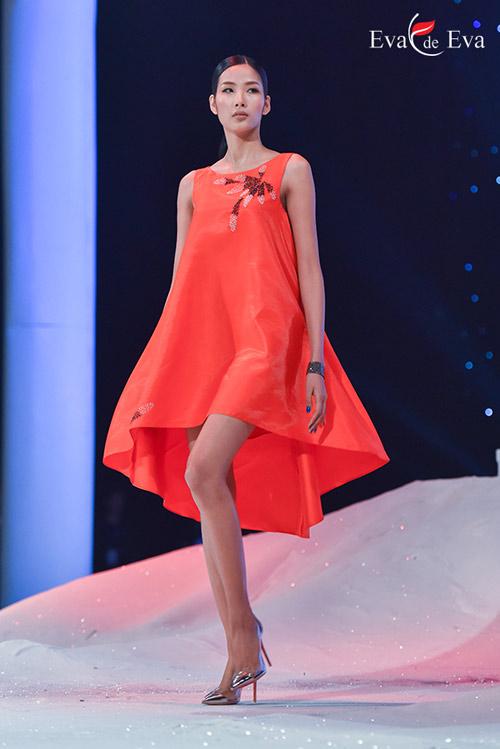 Điểm cộng và điểm trừ trong show 'The Dream of Santorini' - 7
