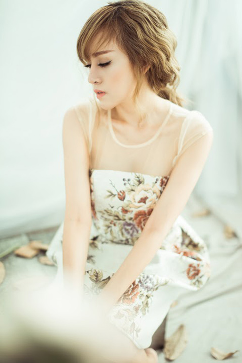 """""""Bà Tưng"""" Huyền Anh cover hit """"Hậu duệ mặt trời"""" - 3"""