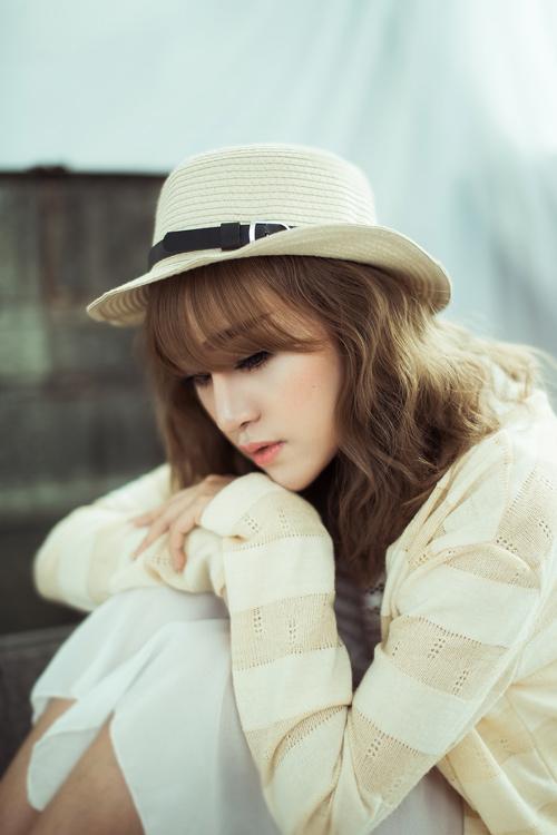"""""""Bà Tưng"""" Huyền Anh cover hit """"Hậu duệ mặt trời"""" - 10"""