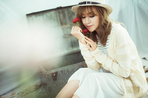 """""""Bà Tưng"""" Huyền Anh cover hit """"Hậu duệ mặt trời"""" - 9"""