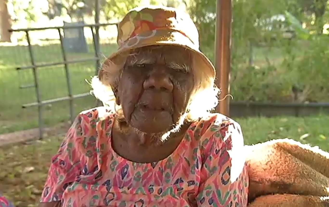 Úc: Bà cụ 105 tuổi vẽ tranh nổi tiếng thế giới - 2