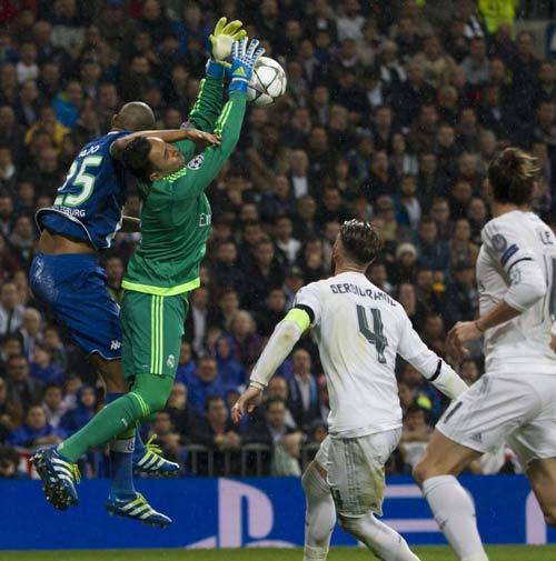 Chùm ảnh: Vị cứu tinh mang tên Ronaldo - 8