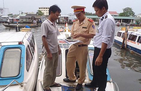 Phá án mờ ở Cà Mau: Xới tung miền sông nước tìm kẻ bắn người - 1