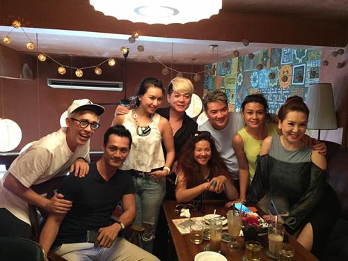 Facebook sao 13.4: Hồ Ngọc Hà tái xuất Facebook - 4
