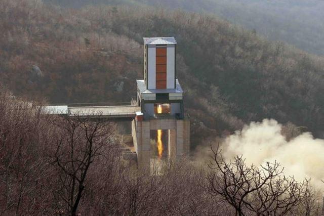 Vì sao Triều Tiên chủ ý để lộ thông tin mật về vũ khí? - 2