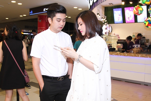 Vợ chồng Vân Trang lần đầu xuất hiện sau lễ cưới - 3