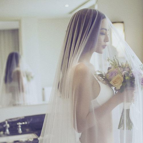 """Trọn bộ ảnh nội y cưới """"nóng rẫy tay"""" của Ngọc Thúy - 7"""