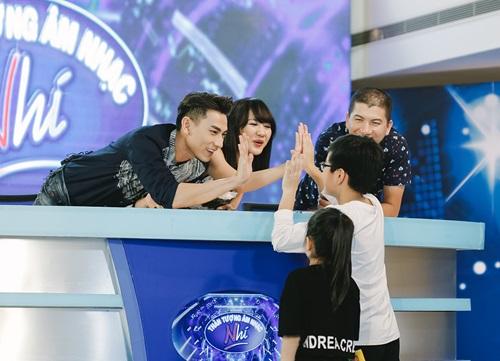 Văn Mai Hương trẻ trung bên Isaac chấm thi Vietnam Idol Kids - 5