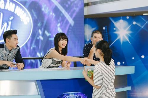 Văn Mai Hương trẻ trung bên Isaac chấm thi Vietnam Idol Kids - 6
