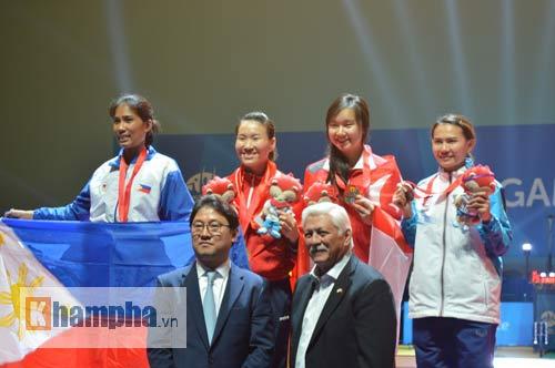 """Nữ kiếm thủ Việt lỡ Olympic, lập """"HCV cuộc đời"""" - 2"""