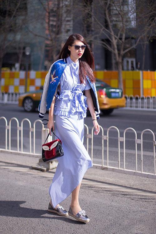 Giải mã gu thời trang sành điệu của bạn thân Liu Wen - 2