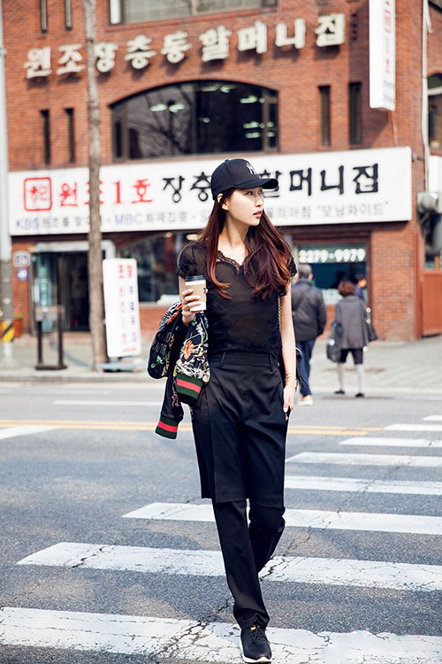 Giải mã gu thời trang sành điệu của bạn thân Liu Wen - 5