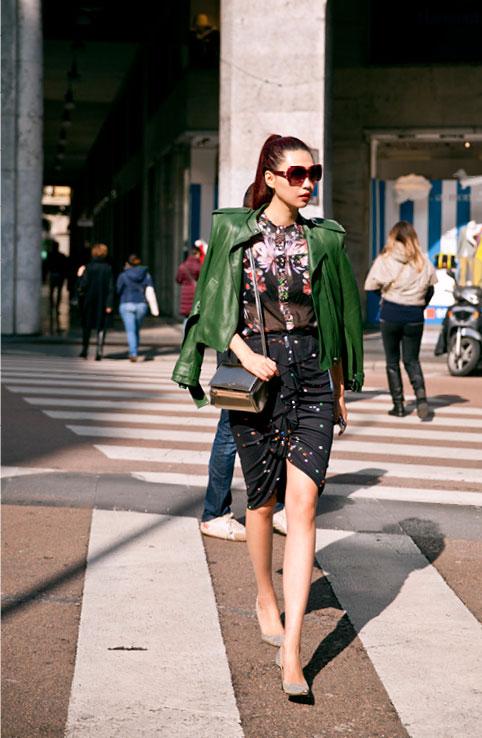 Giải mã gu thời trang sành điệu của bạn thân Liu Wen - 7