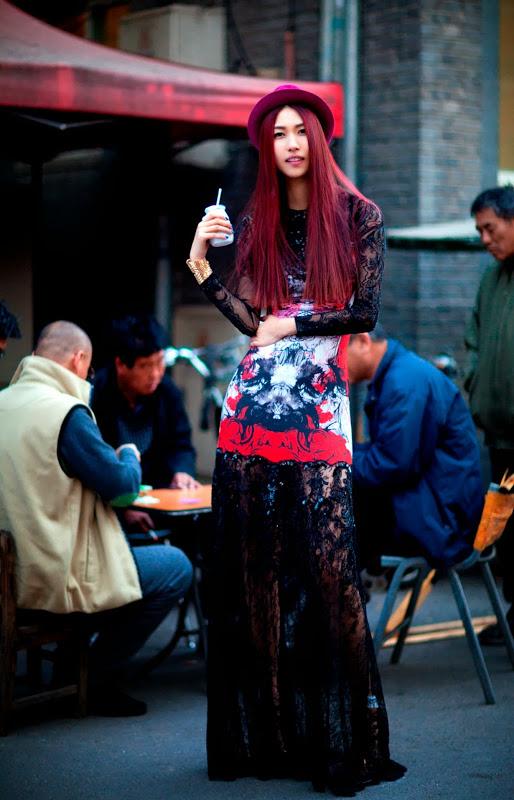 Giải mã gu thời trang sành điệu của bạn thân Liu Wen - 10