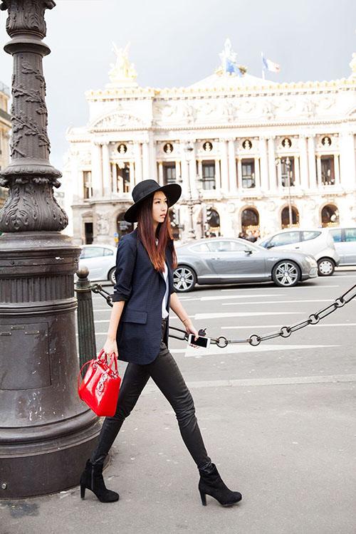 Giải mã gu thời trang sành điệu của bạn thân Liu Wen - 13