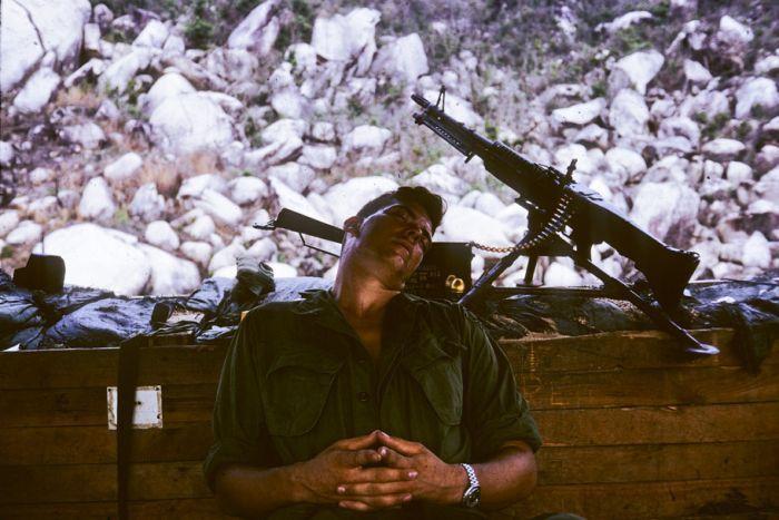 Ảnh hiếm về chiến tranh VN do Việt kiều Úc sưu tầm - 5