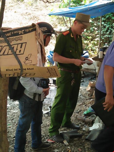 Cận cảnh bãi vàng nơi 4 người tử vong do ngạt khí - 9