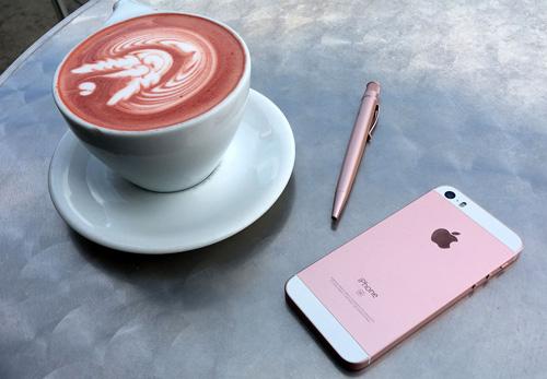 Những ai nên mua iPhone SE? - 1