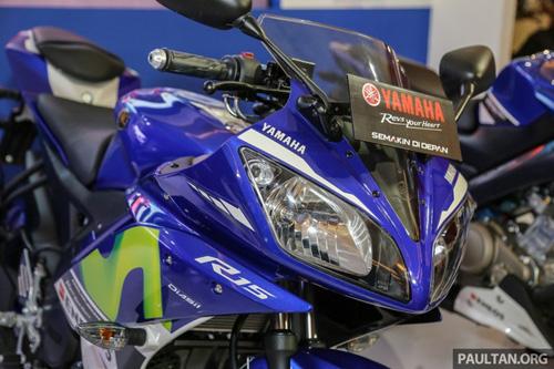 Yamaha R15 Movistar 2016 đậm chất thể thao xuất hiện - 3