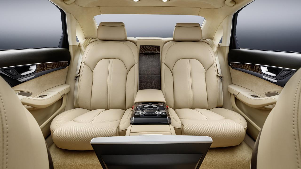Audi A8 L sáu cửa - Phiên bản dành cho Hoàng gia - 6