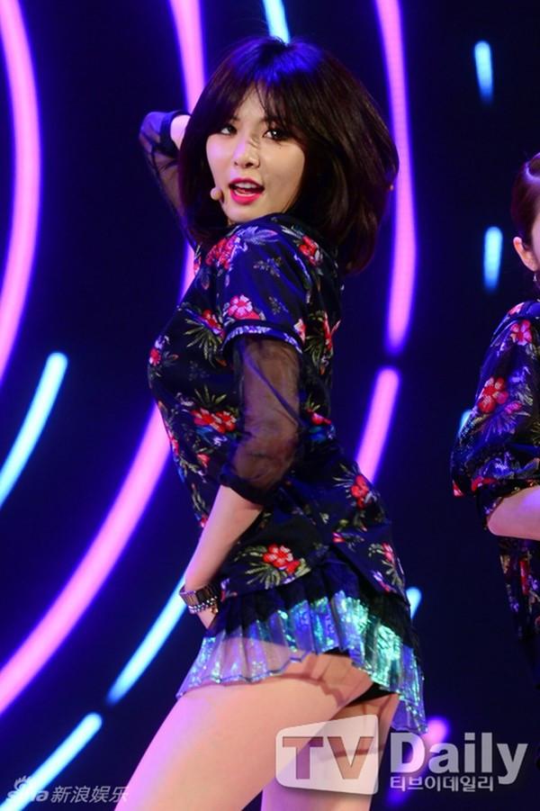 """Dàn mỹ nhân Hàn dính phốt """"mặc quần như không"""" - 8"""