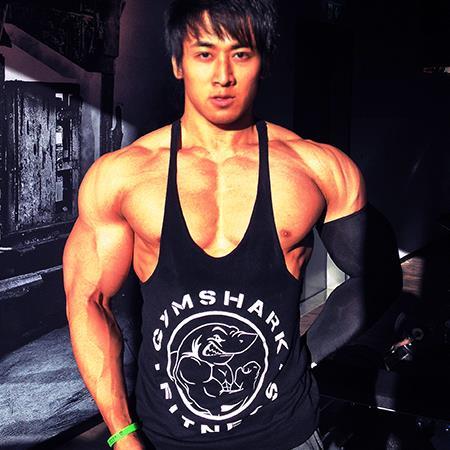 Cơ bắp cuồn cuộn của chàng Việt kiều đẹp trai như tài tử - 2
